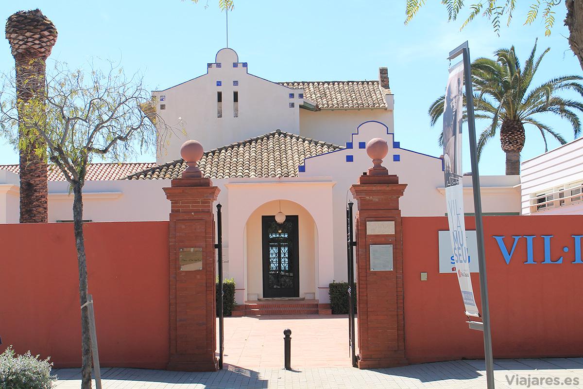 Entrada a la antigua casa veraniega de Casals, hoy convertida en museo