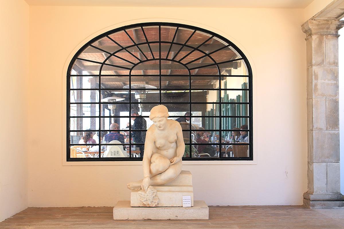 El Museo Pau Casals y el restaurante están uno al lado del otro