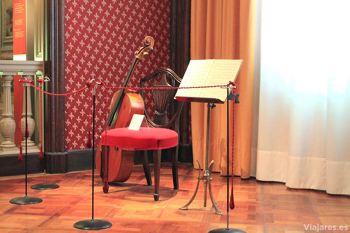 El instrumento original con el que interpretaba Pau Casals