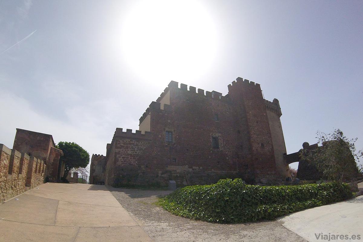 Perfil del Castillo de Castelldefels