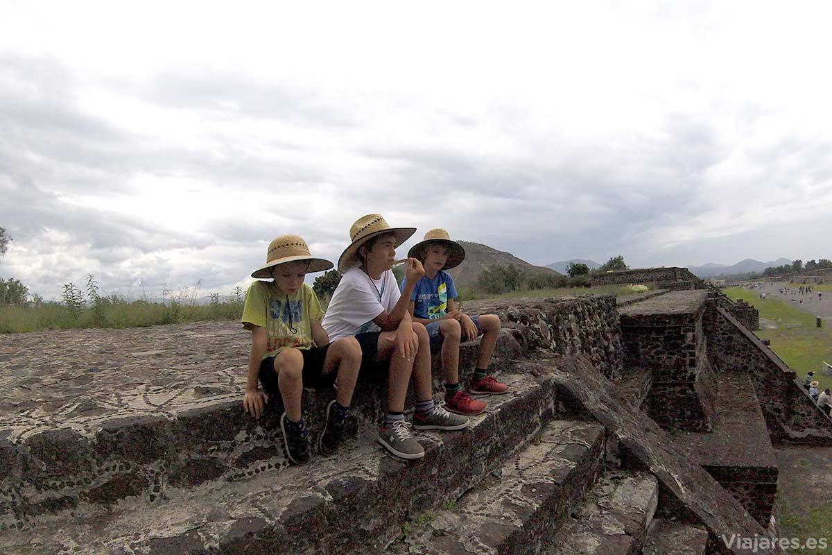 Visitar la Zona Arqueológica de Teotihuacán con niños