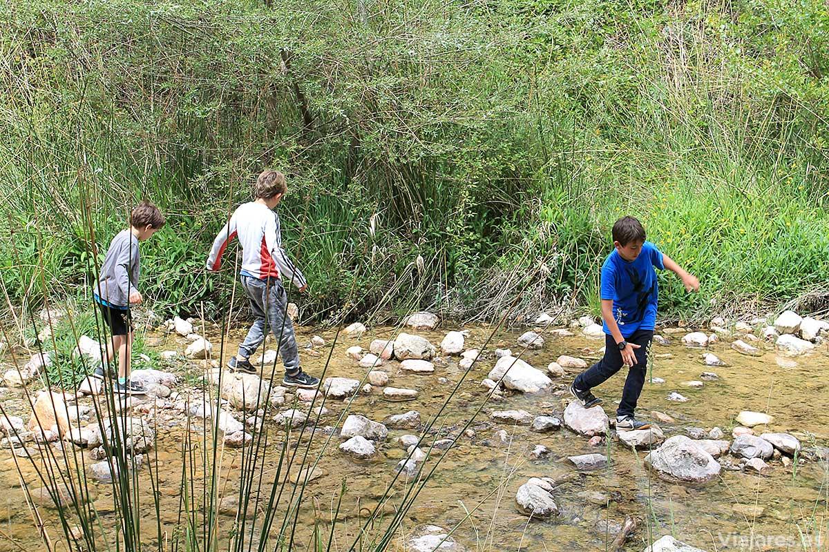 Juego de niños en La Franqueta