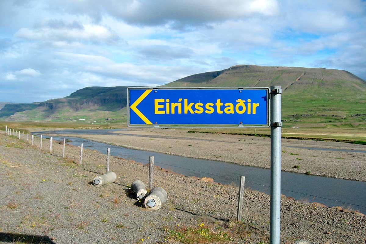 Cartel indicativo de la morada del vikingo