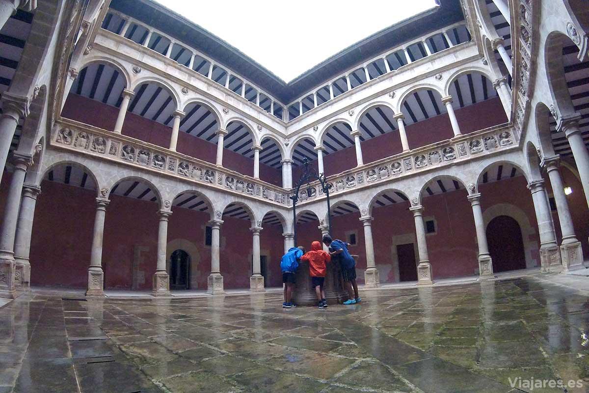Reales Colegios de la ciudad de Tortosa
