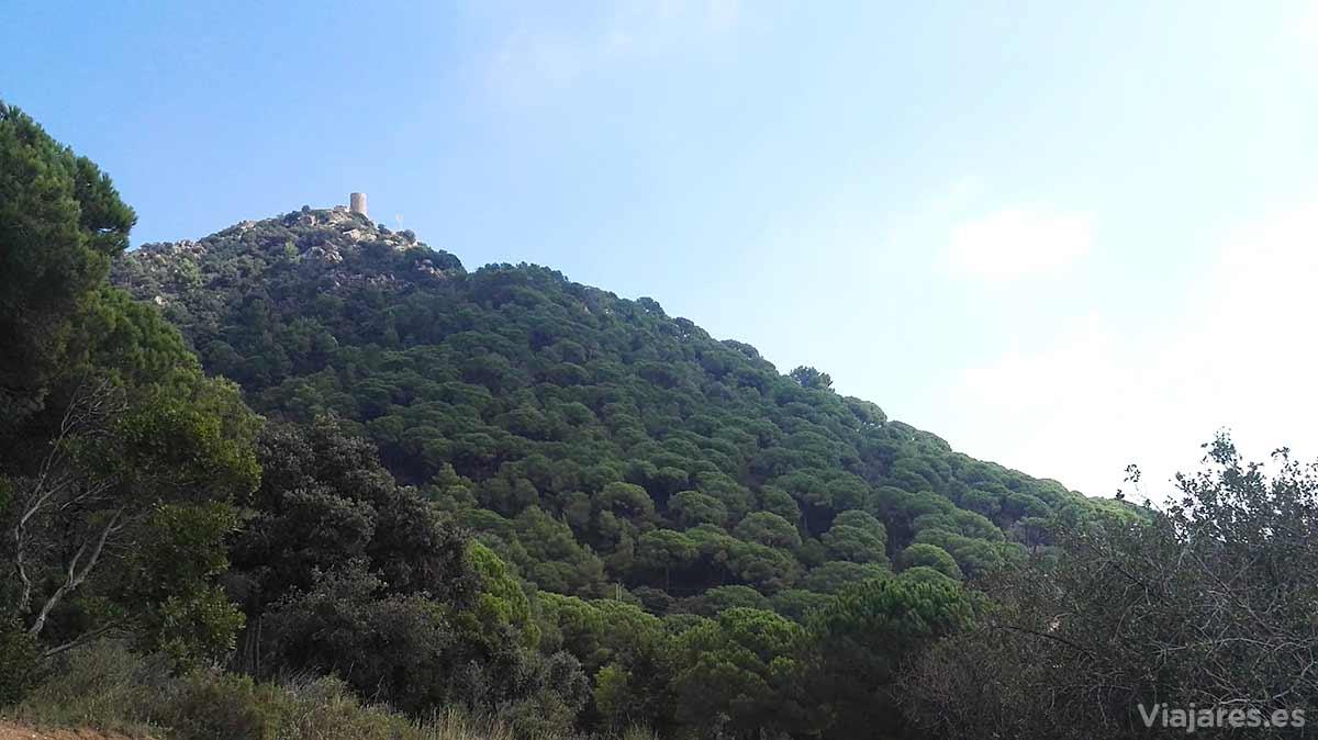 Silueta del Castillo de Burriac