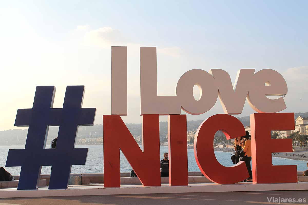 I Love Nice en la Promenade des Anglais