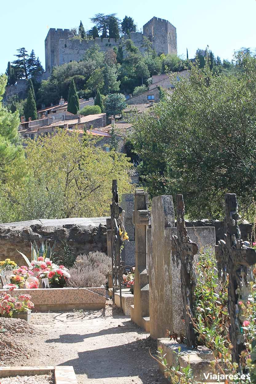 Pequeño cementerio de Castelnou